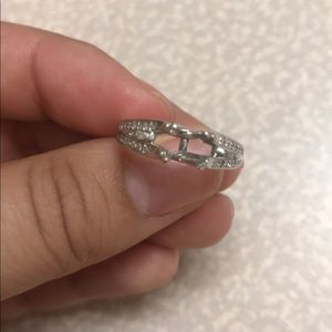Engagement ring setting band